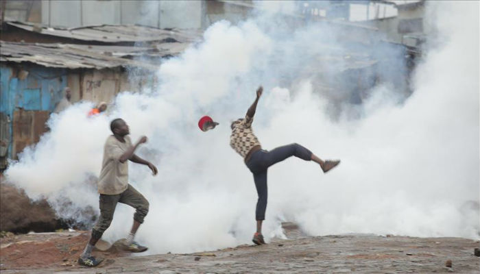 Deaths, clashes mar Kenyan election